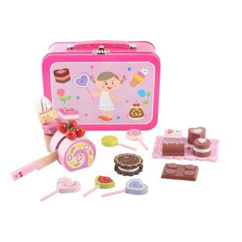 kuffert med godter, kuffert emd slik, kager, legemad, legekøkken, pigekuffert, sprogtræning, snoller, slikbutik