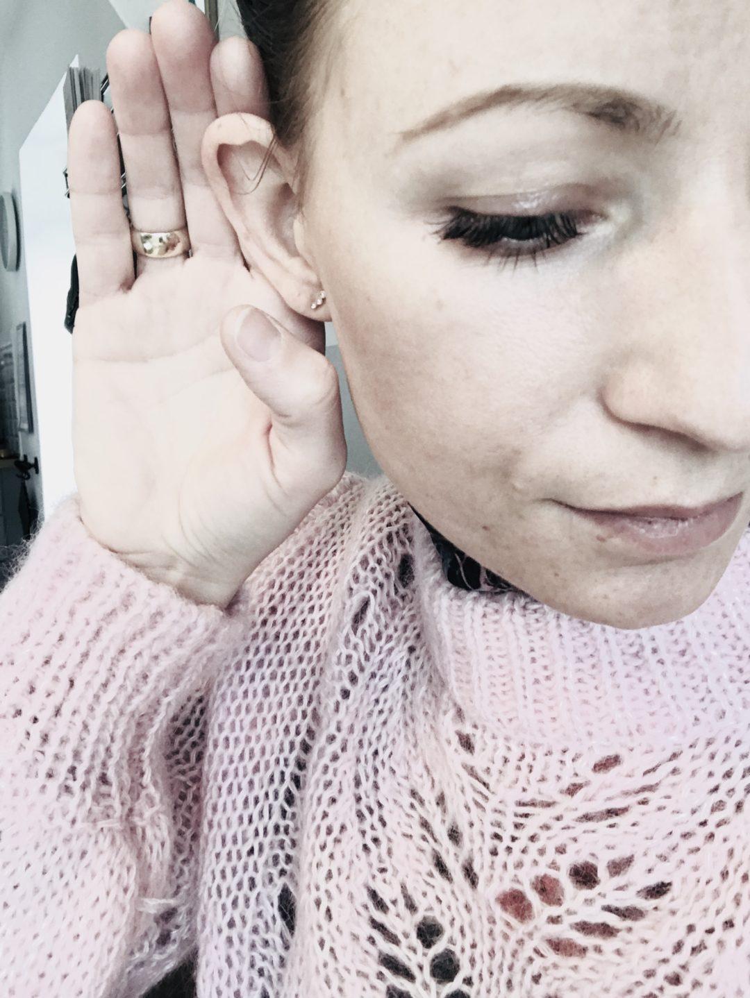 døv, lyd, hørelse, lytte, cochlear implants, overhøring, fare, opmærksomhed, auditiv
