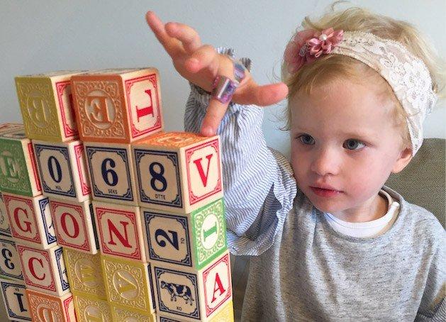 leg, sprog, 8 tips, sådan støtter du dit barns sprog, barns sprog, børns sprog, leg, læring, rollemodeller, udvikling, ciha, blog, sahra