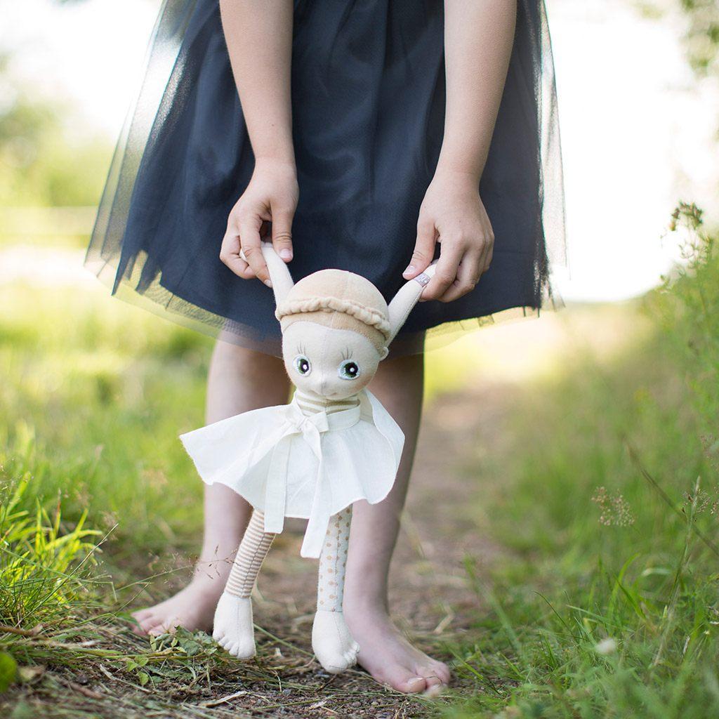 hazel, ecobuds, økologisk, økologi, øko dukke, ecobuds, rubens barn, slaskedukke, min første dukke, rolleleg, kramme dukke, kramme bamse, nusse bamse