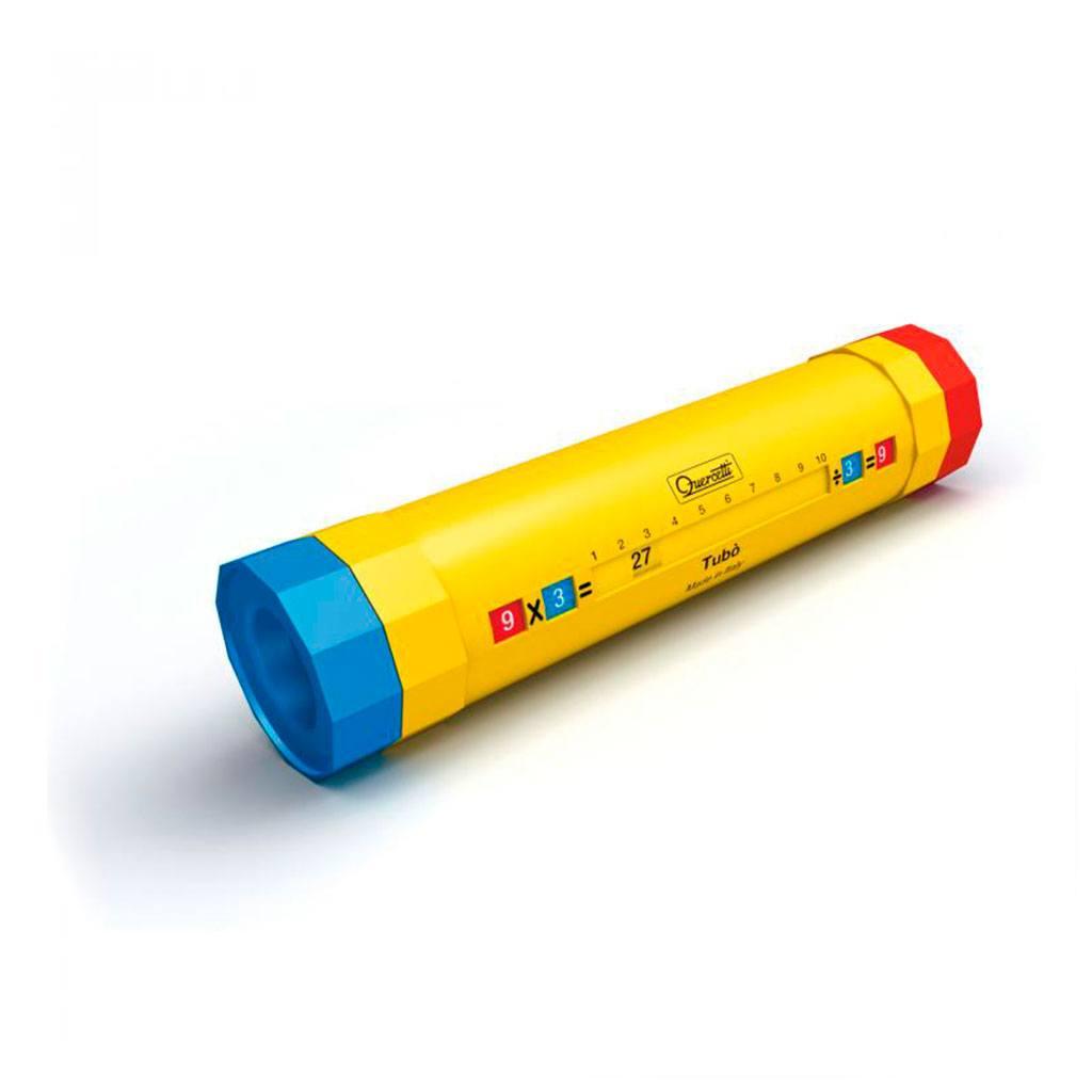 Tubó regnerør der kan lære barnet om tabeller sig talmængder. Sjov leg og læring for førskole børn
