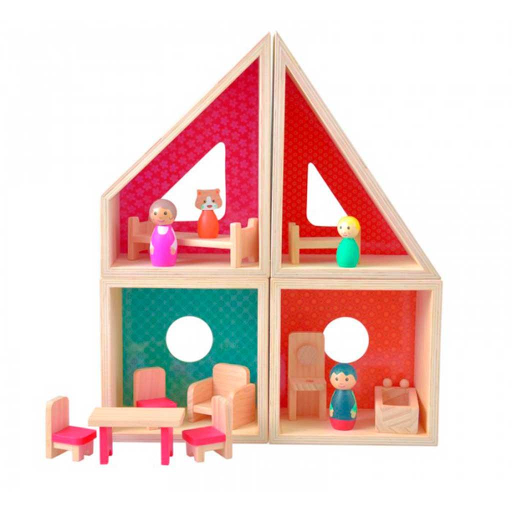 Dukkehus i træ. Byg selv og stimuler fantasifuld leg