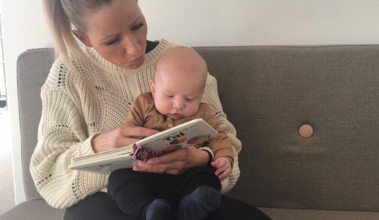 """fra """"dada"""" til """"der var engang"""". Et blogindkæg om dit barns sproglige udvikling og hvordan du støtter sproget. www.ciha.dk/blog"""