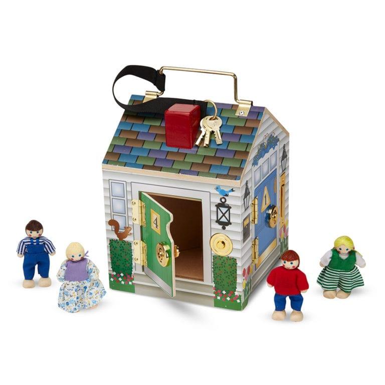 Træ hus ringklokker og nøgler. doorbell house, lytte legetøj, hus med dukker, legehus, høretab, høretræning, cochlear implants, høreapparater